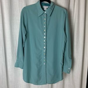 Soft Surroundinfd blue blouse velvet lined